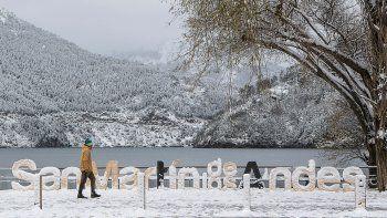 Nación habilitó el turismo interno por etapas en Neuquén