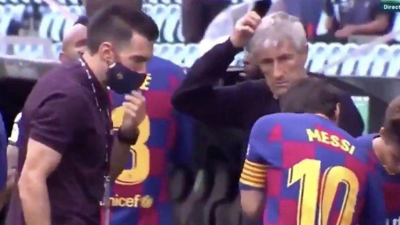El desplante de Messi a un ayudante que cayó mal en el Barsa