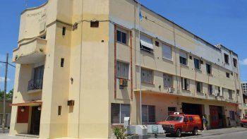 bomberos venden su cuartel por una deuda millonaria con afip