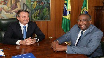 un ministro de bolsonaro renuncio antes de asumir por mentir en el cv