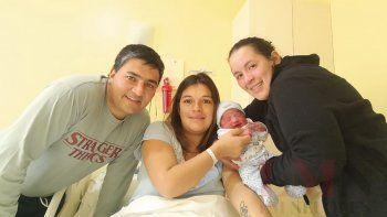 nacio ismael, el primer bebe neuquino por subrogacion de vientre