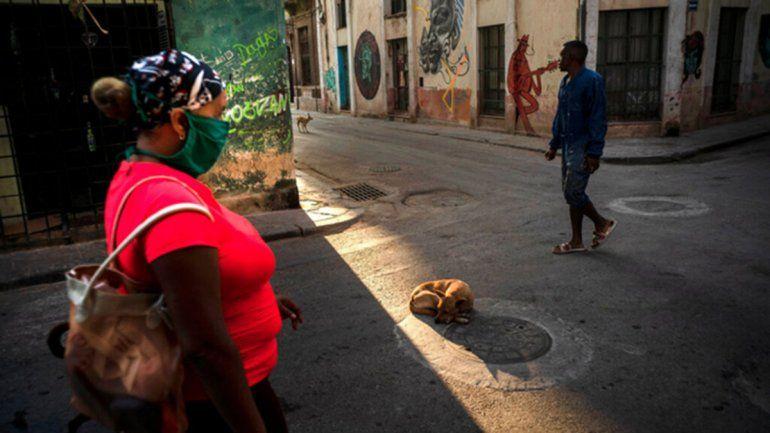 Sexo a la cubana: evitar el cara a cara y usar barbijo
