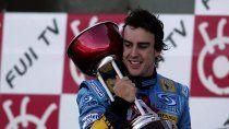 Fernando Alonso regresa a la Fórmula 1 con Renault, marca con la que compitió desde 2002 a 2006 y ganó sus dos títulos del mundo.