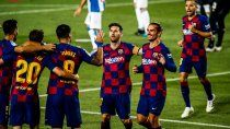 barcelona sigue vivo y mando al descenso al espanyol