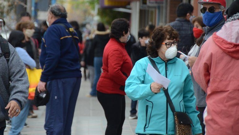 Salud confirmó 43 positivos en las últimas 24 horas en Neuquén