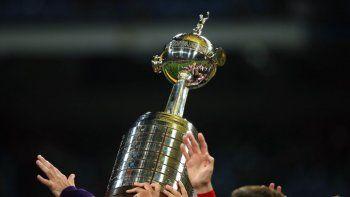 La Libertadores tiene posible fecha de retorno y estalló la AFA