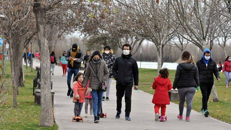 Confirman 22 nuevos casos en un día y en Neuquén rozan los 700