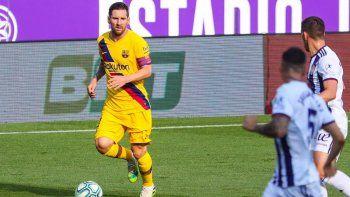 Otro récord de Messi en un Barcelona que no baja los brazos