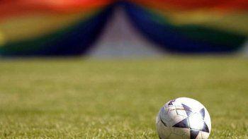 jugador confeso en carta anonima que es homosexual y vive una pesadilla