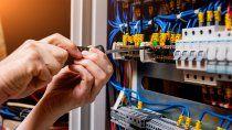 como celebran su dia los electricistas en plena pandemia