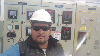 el electricista que priorizo a su familia sobre la plata del petroleo