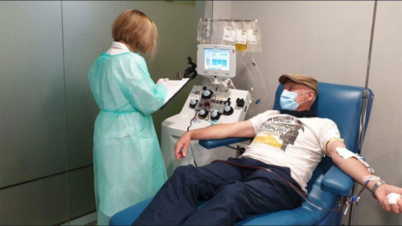 COVID-19: 60 enfermos ya recibieron plasma de convalecientes