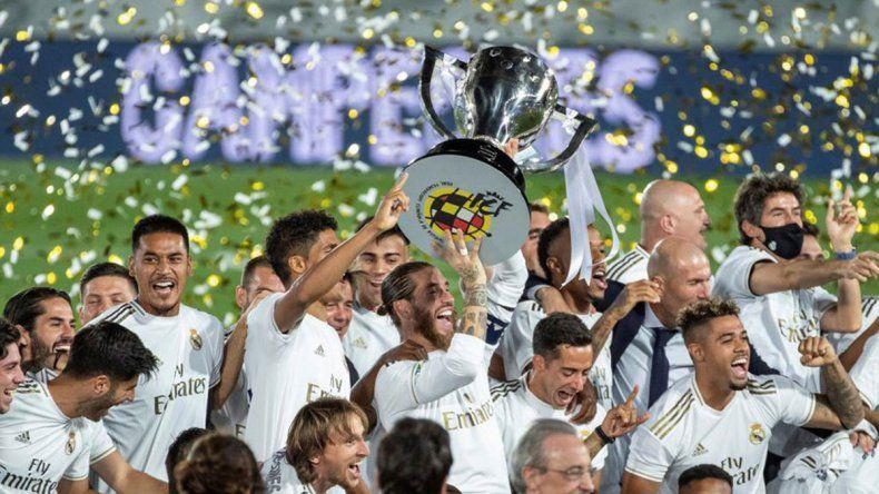 Blanco con manchas: ¿el VAR sacó campeón al Real Madrid?