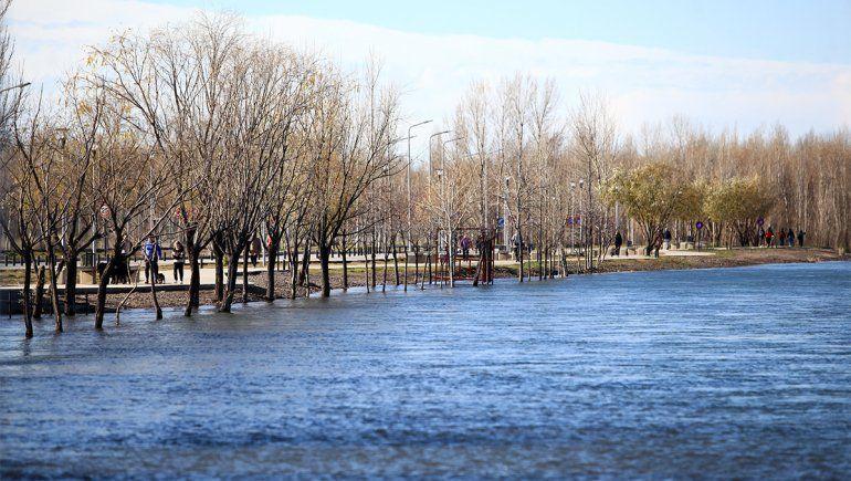 La crecida del Río Limay.