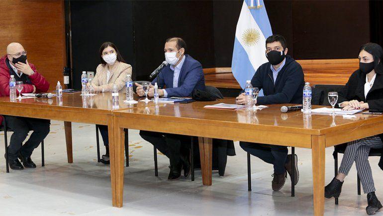 Gutiérrez presentó en detalle el plan de obras para la reactivación