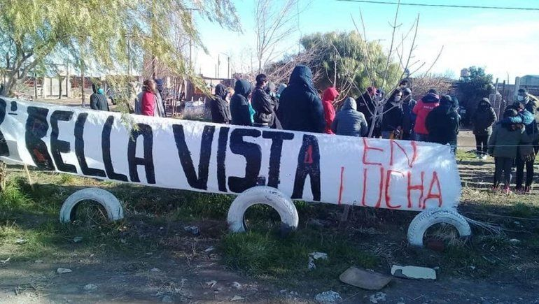 Centenario: con un bocinazo reclamaron por servicios básicos