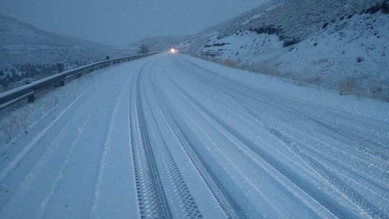 Nueva tormenta de nieve pone en alerta a la cordillera