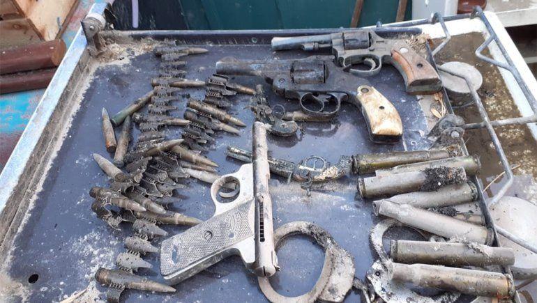 Armas y municiones.