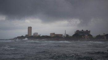 florida: ademas del covid, ahora le teme al huracan