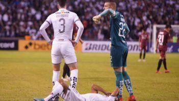 River es uno de los rivales de la Liga de Quito en el grupo de la Libertadores, que volvería en 45 días.