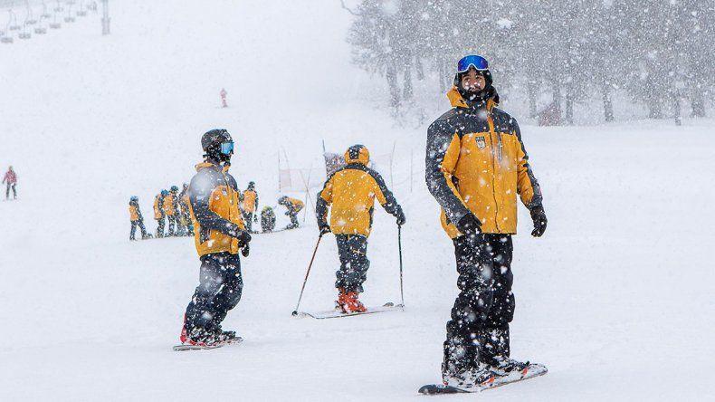 Esquí y snowboard también ya tienen el pase autorizado