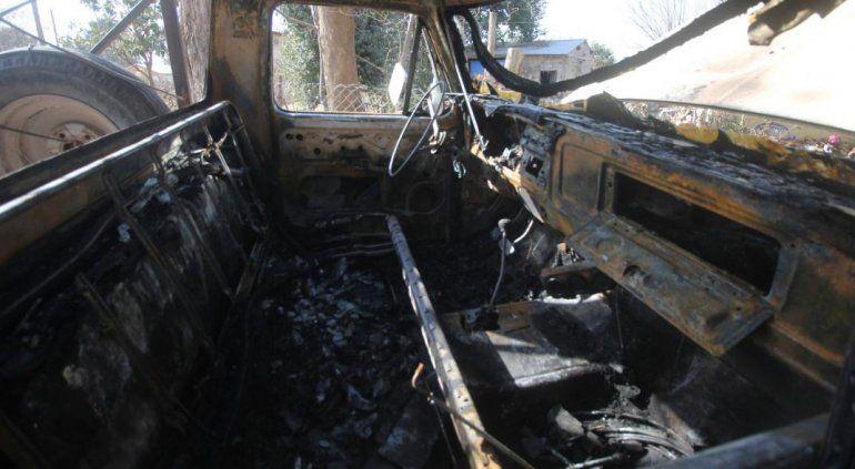 Córdoba: queman la camioneta a un sospechoso de Covid-19