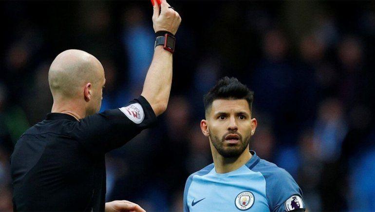 Premier League: roja y hasta posible demanda por toser