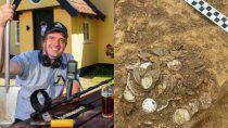 encontro una fortuna en monedas con un detector de metales