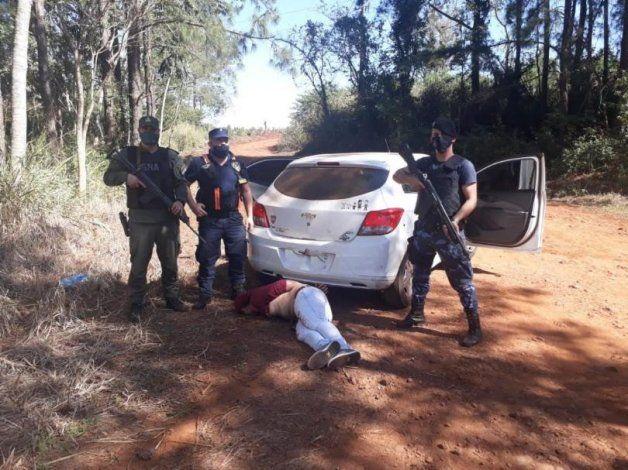 Tras cometer el femicidio, el joven escapó durante varios kilómetros, pero fue detenido.