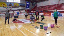 el badminton volvio a la actividad en la caldera