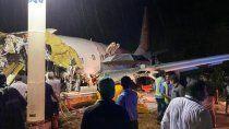 se estrello un avion en la india: al menos 19 muertos
