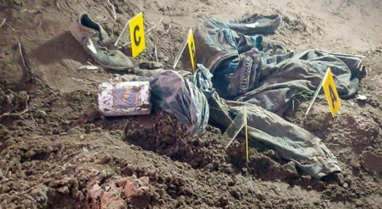 En los rastrillajes se encontraron varios elementos y restos óseos que serán peritados.