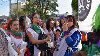 Mujeres judiciales van a un paro en repudio a Terán