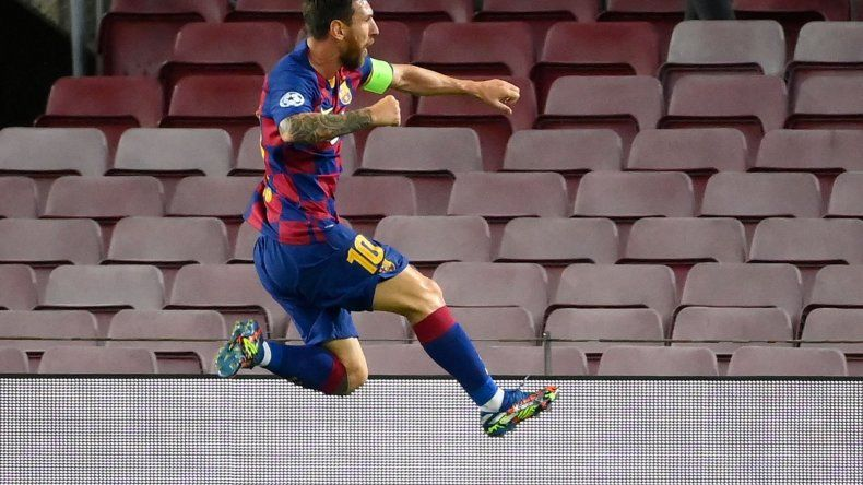 Primer tiempo intenso: Messi hizo un golazo, le anularon otro y sufrió dolencia