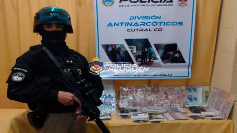 Cutral Co: allanaron tres kioscos narco y dieron con droga y dinero