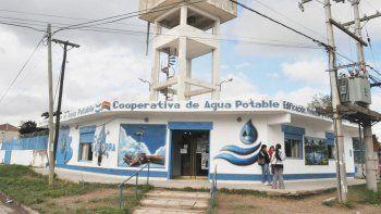 Cierran cooperativa de agua de Plottier por un caso de Covid