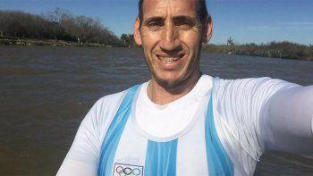 Remero olímpico entrenó sin autorización, lo multaron y lloró de impotencia