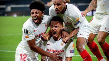 Pase de Banega y gol de Ocampos: Sevilla a semis de la Europa League
