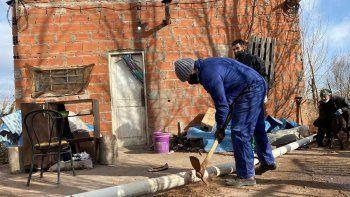 Docentes le reconstruyen la casa a una alumna en el oeste