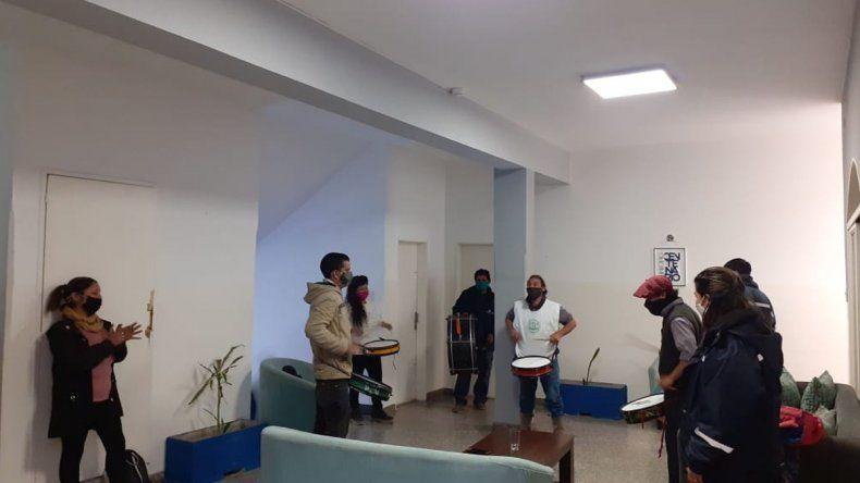 Municipales tomaron el corralón y el edificio comunal en Centenario