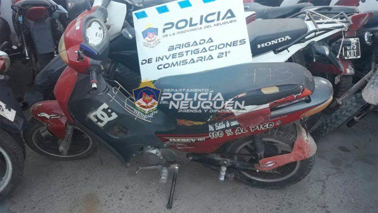 La moto con pedido de secuestro incautada.