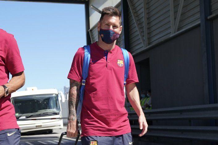 En tierra de Ronaldo, los fanáticos enloquecen con la llegada de Messi