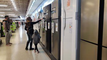 los supermercados vendieron mas verdura y electronica