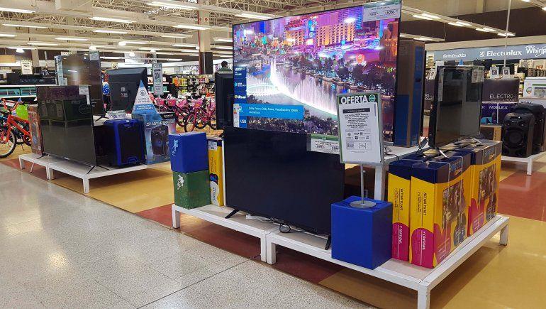 Los supermercados vendieron más verdura y electrónica