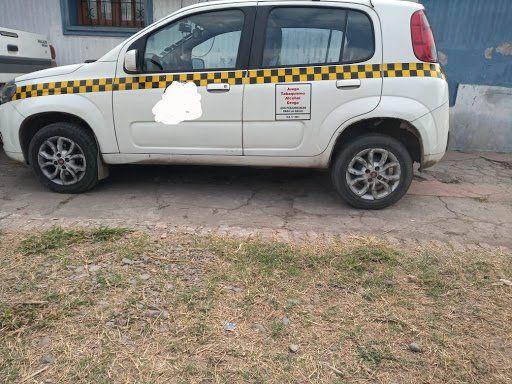 El taxista fue detenido porque su versión no les cerraba a los investigadores. Encontraron pruebas clave.