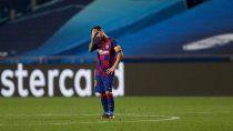 Messi, triste,no pudo ayudar al Barcelona.