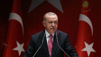 turquia califica de traicion a los emiratos arabes