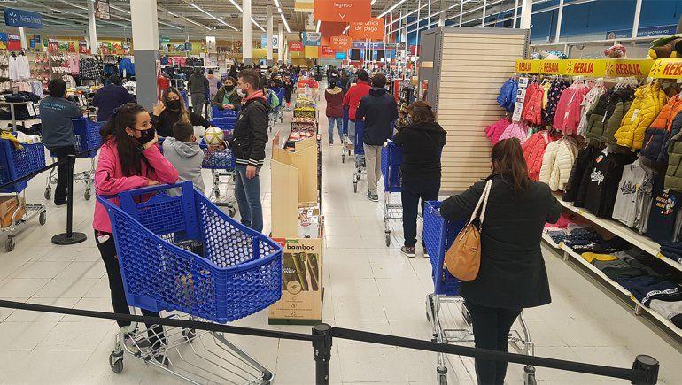 La circulación de clientes en los súper creció 1760%