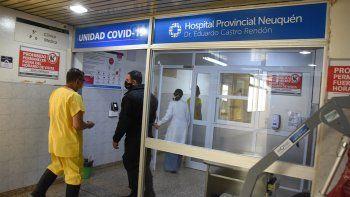 Seis trabajadores de salud se contagiaron por día