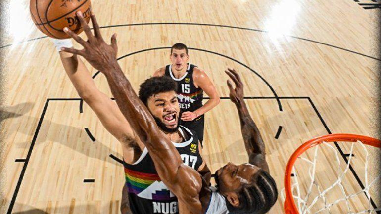 La imagen de la tapa en la NBA que recorre el mundo.